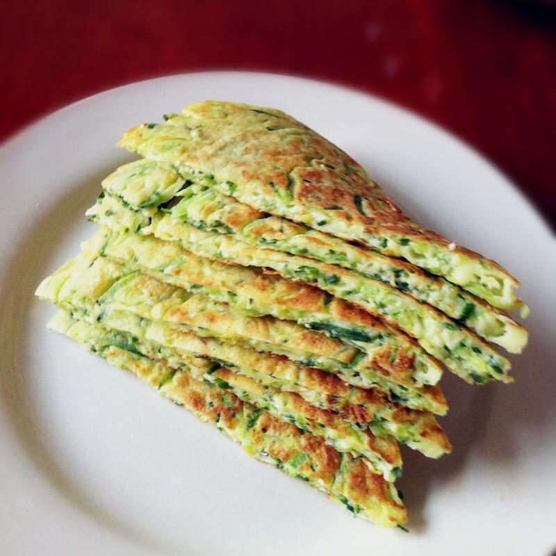 黄瓜全麦鸡蛋饼