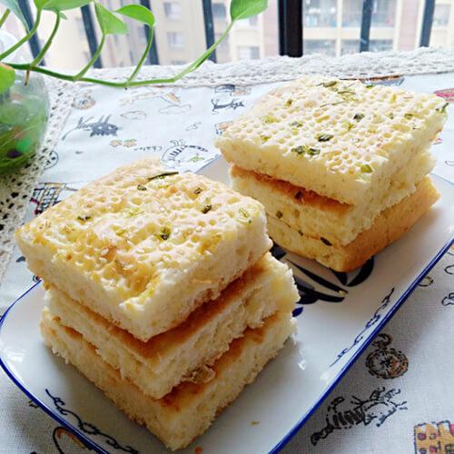 香葱肉松面包片