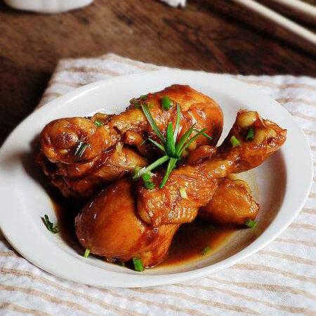 红烧烹饪鸡腿