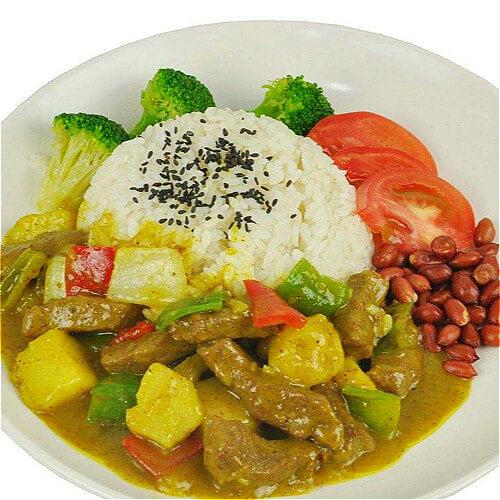 喷香牛肉咖喱饭