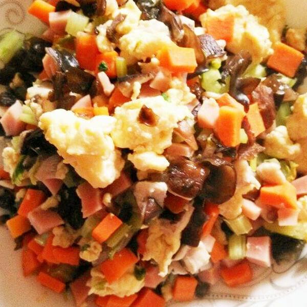 鸡蛋炒香菇芹菜