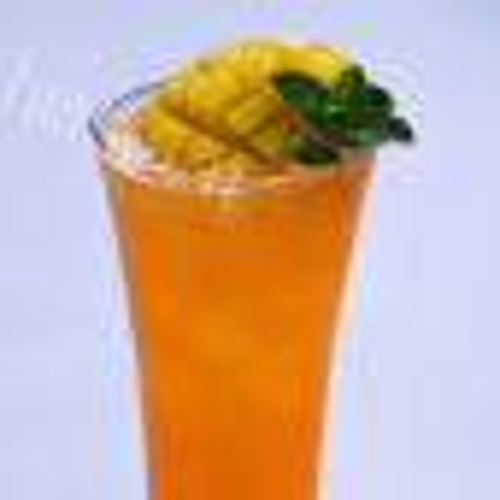 家常红萝卜黄椒芒果汁