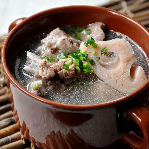 营养的莲菜排骨汤