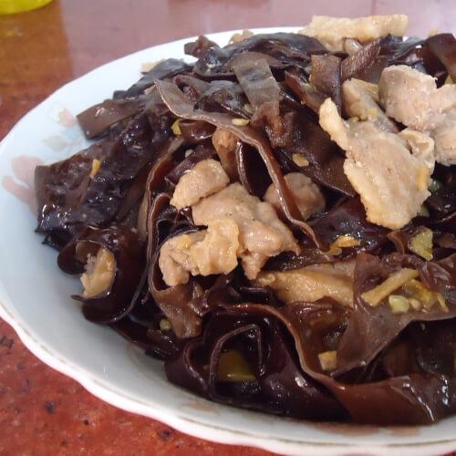 黑木耳炒肉