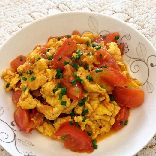 黄柿子炒鸡蛋