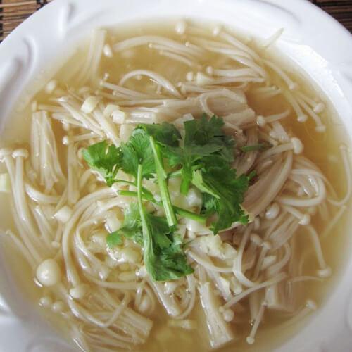 火腿白菜金针菇汤
