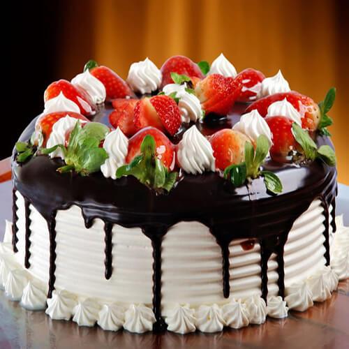 营养美食之草莓奶油蛋糕