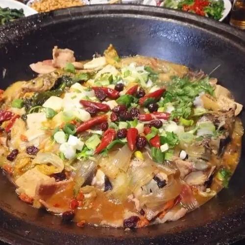 私房菜铁锅炖鱼