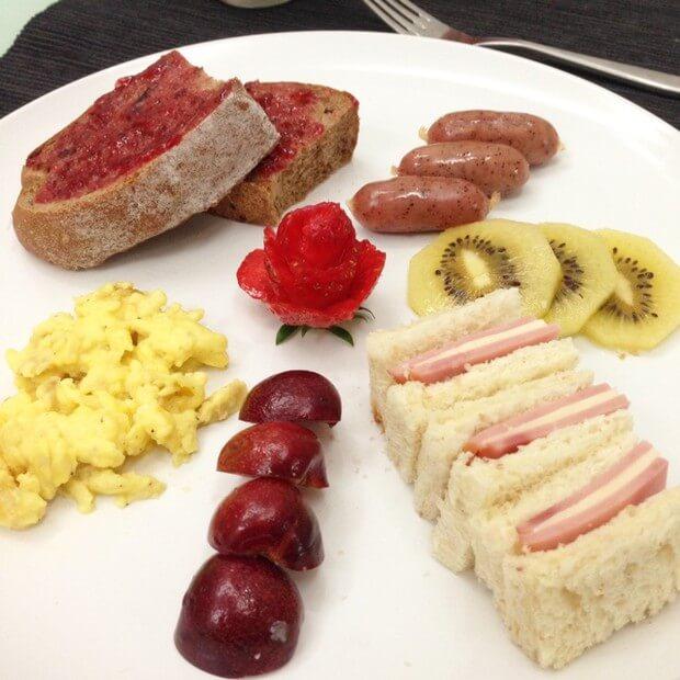 美味爱心拼盘早餐2