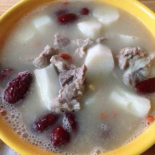 山药红枣枸杞排骨汤
