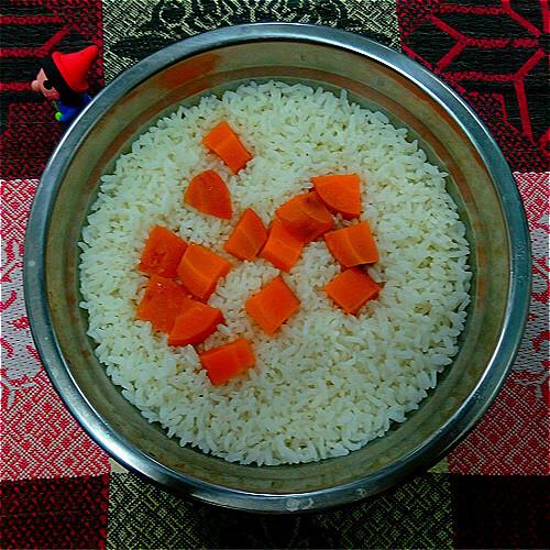 美味的微波炉蒸米饭