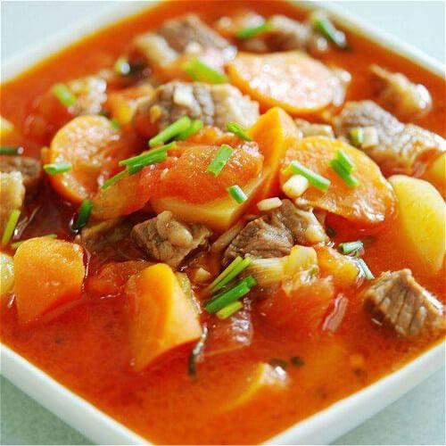 美味西红柿焖土豆