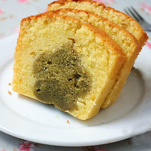 绵软花朵磅蛋糕