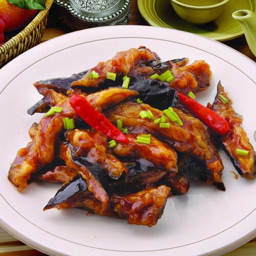 温馨油豆腐烧茄子
