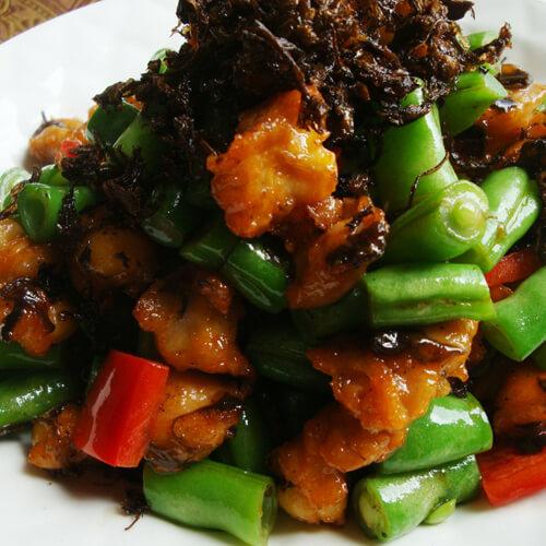 家常青豆炒肉