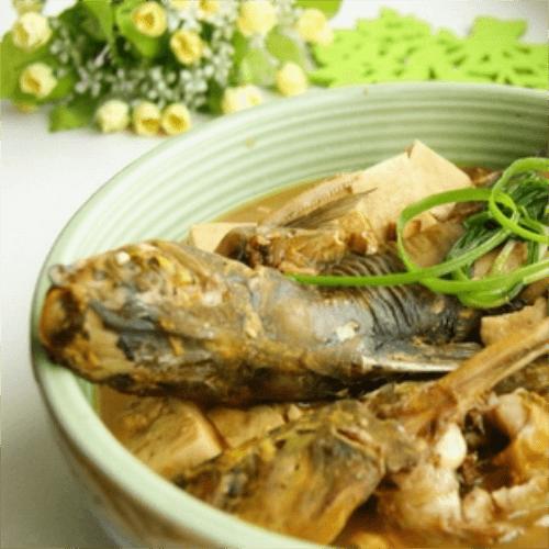 汤鲜肉嫩嘎丫鱼炖豆腐