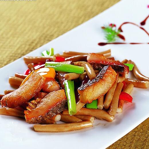 咸鱼炒韭菜