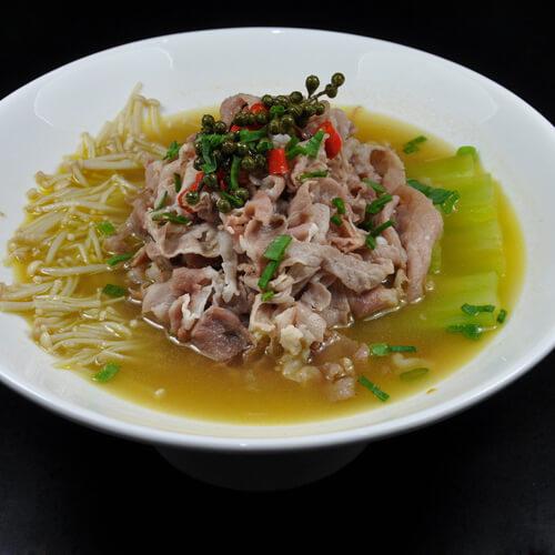 羊肉金针菇汤