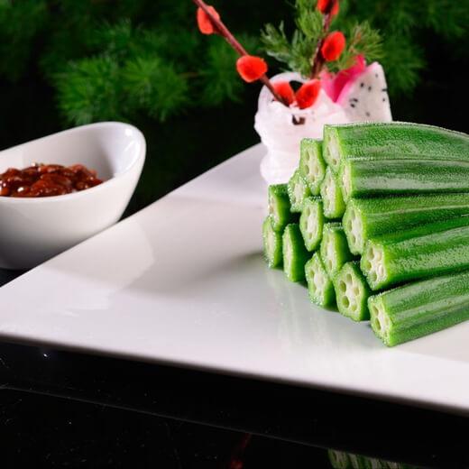 自制春卷饺子蘸酱