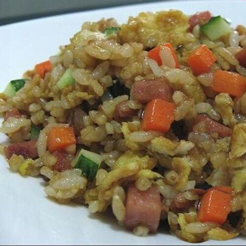 火腿土豆丝炒米饭