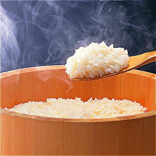 美味微波炉蒸米饭