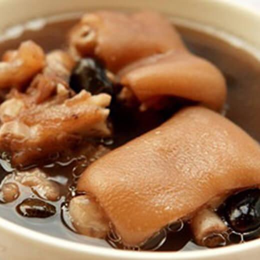 莲藕黑豆猪尾汤