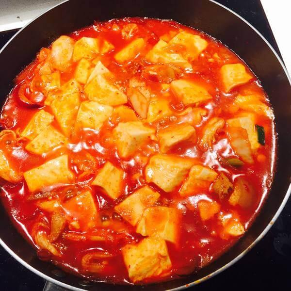 辣辣的韩式辣豆腐