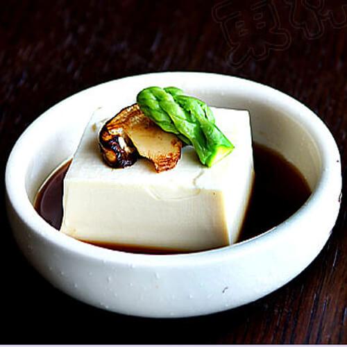 凉拌金针菇豆腐