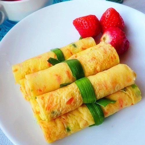 酥脆美味简单的早餐卷