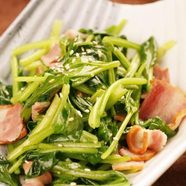 咸肉炒菠菜