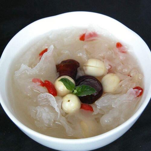 百合银耳莲子汤