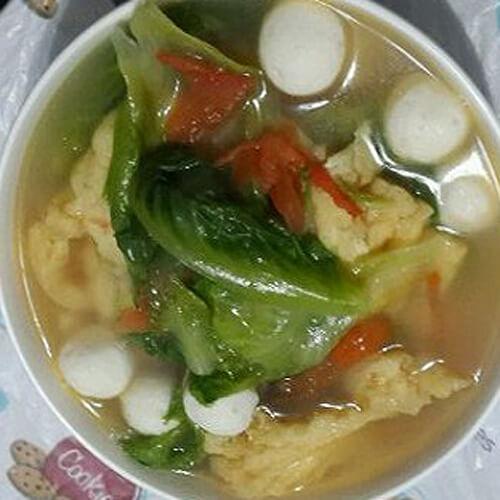 口蘑生菜鱼丸汤