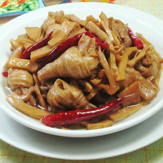 水笋烧豆结