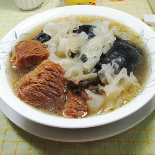 猴头菇银耳乌鸡汤