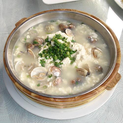 鞭笋圆蛤汤