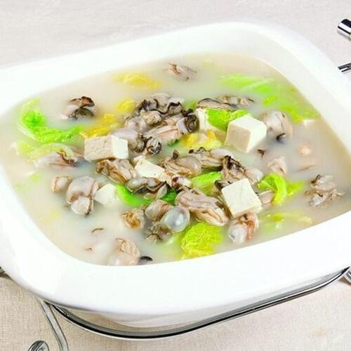 海蛎子炖豆腐