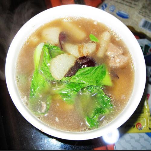 美味的山药红枣排骨汤