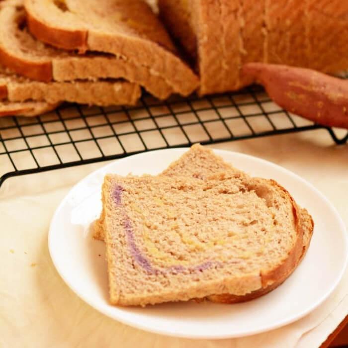 诱人的无油红薯面包