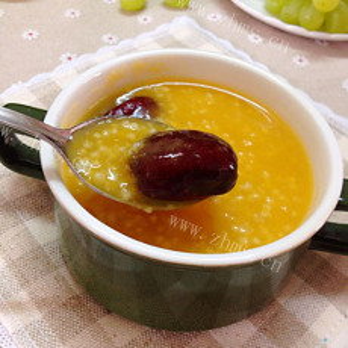 珍馐美味的红枣小米粥