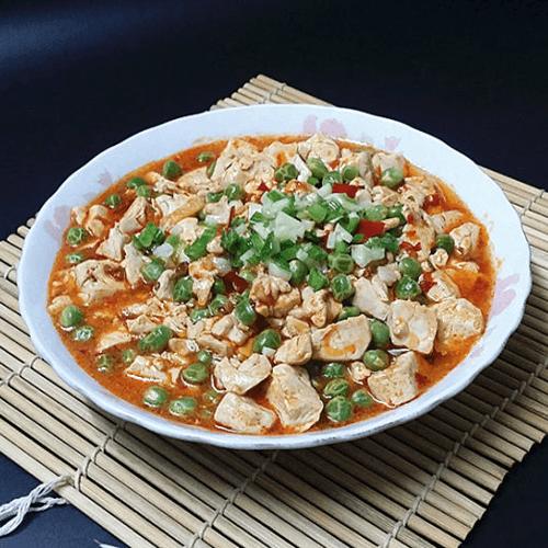 清淡的豌豆炖嫩豆腐