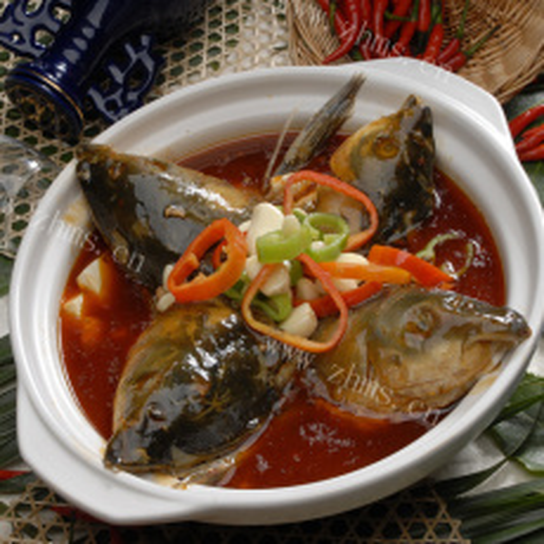 鱼头炖豆腐
