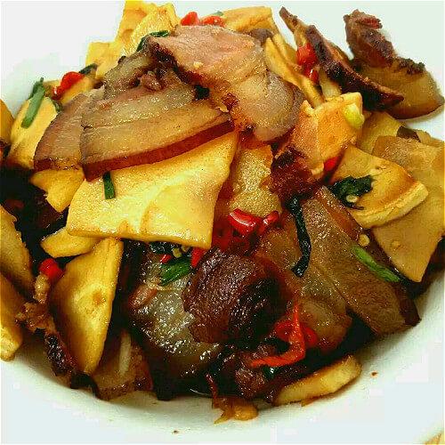 鲜竹笋炒腊肉