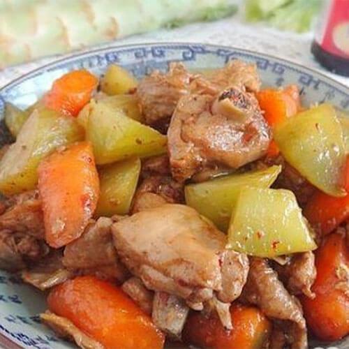 莴苣胡萝卜烧鸡块