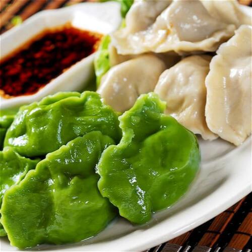双色猪肉香菜饺子