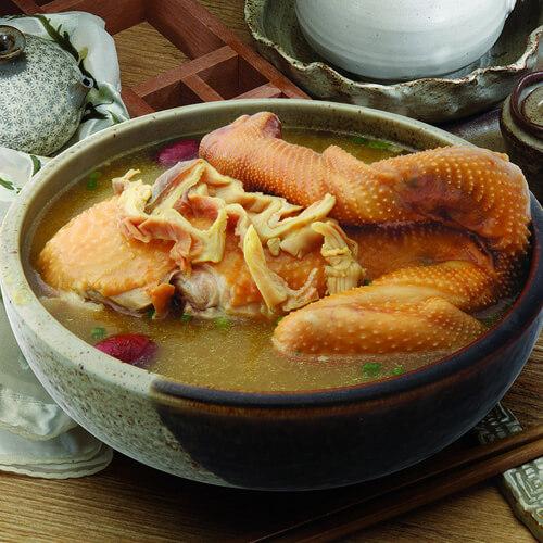 红枣香菇炖鸡汤