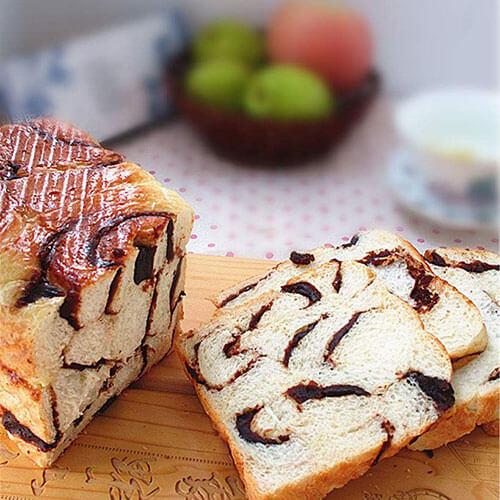 红豆薏仁豆沙面包