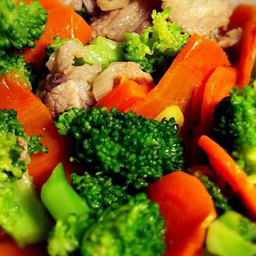 花椰菜炒红肠