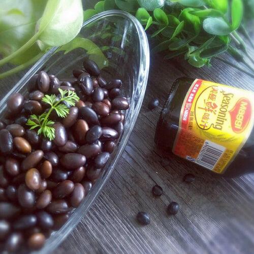 营养的韩式酱黑豆