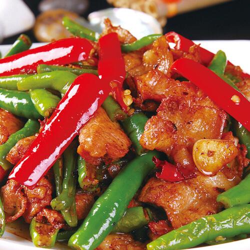 青椒红椒烧肉