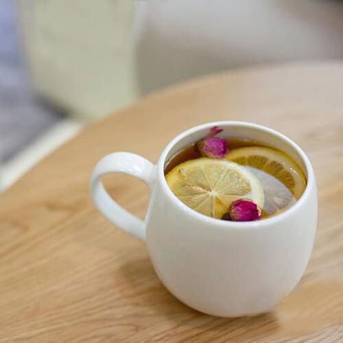 养颜的玫瑰柠檬茶